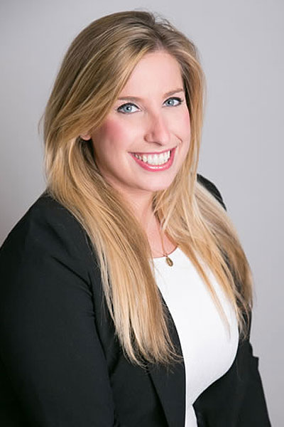 Lindsey Schneider<br>Senior Account Executive</br>