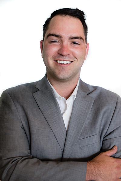 Matthew Iwaniuk<br>Senior Account Associate</br>